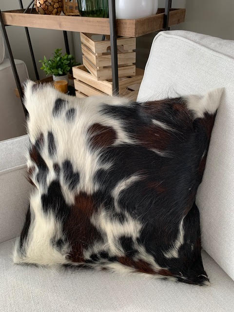 A-1324 Speckled Tricolor Cowhide Pillow Cover - Size: 18 in x 18 in