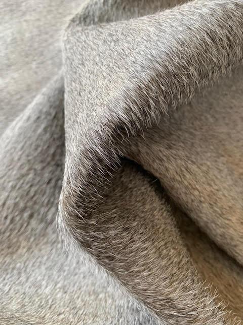 A-1385 Grey Cowhide Rug Size: 8' X 7'