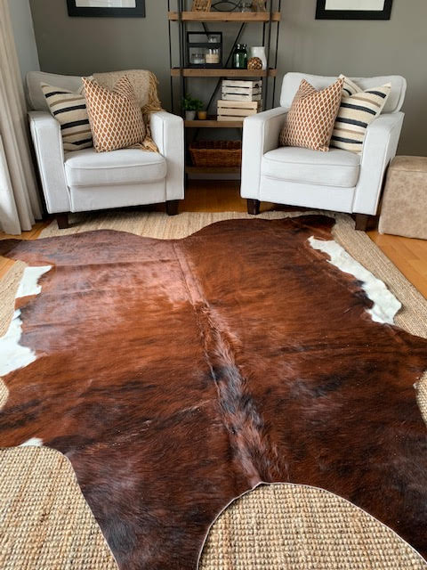 A-1390 White Belly Brindle Cowhide Rug Size: 7 1/2' X 7'