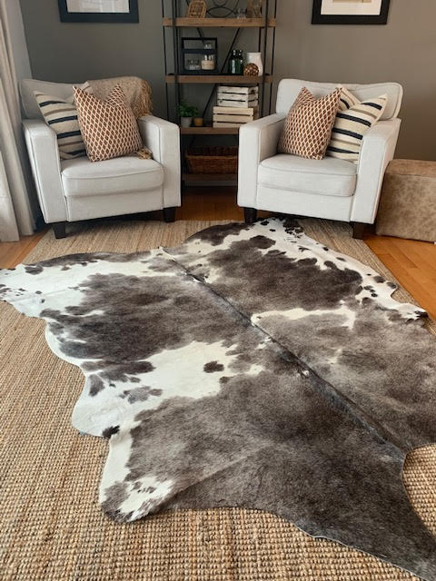 A-1395 Grey and White Speckled Cowhide Rug Size: 7' X 6 3/4'