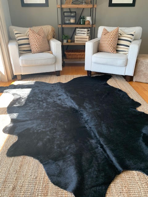 A-1408 Dyed Black Cowhide Size: 7 1/2' X 7'
