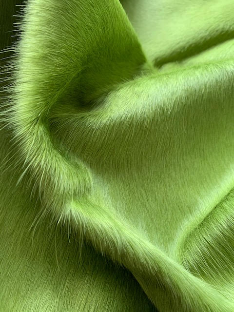 A-1413 Dyed Lime Green Cowhide Size: 7 1/4' X 7'