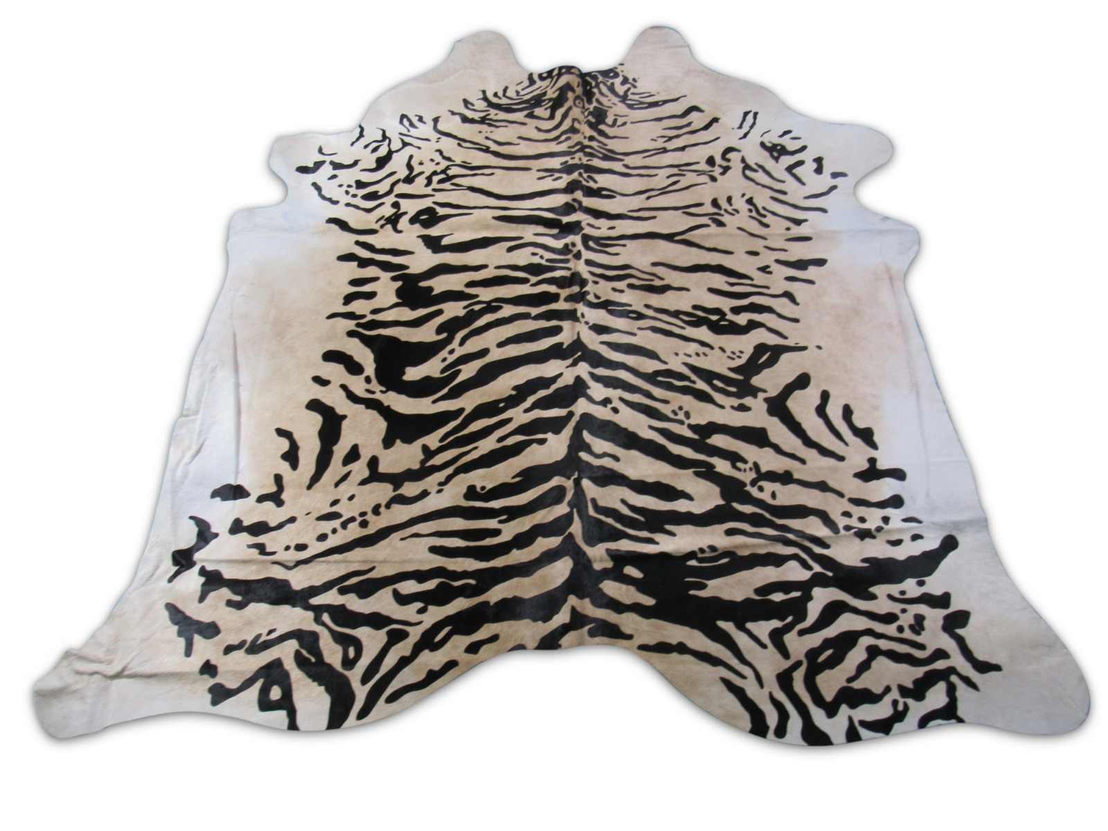 A-1470 Tiger Print Cowhide Rug Size: 7 1/2' X 7'