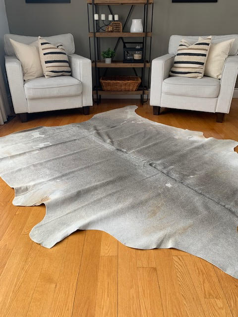 A-934 Grey and White Cowhide Rug Size: 7 1/2' X 7'